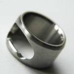 shop_kurios_design_flaschenoeffner_ring.jpg